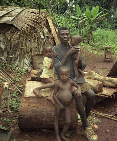 آیا مردان قبیله آفریقایی آکا بهترین پدرهای دنیا هستند؟